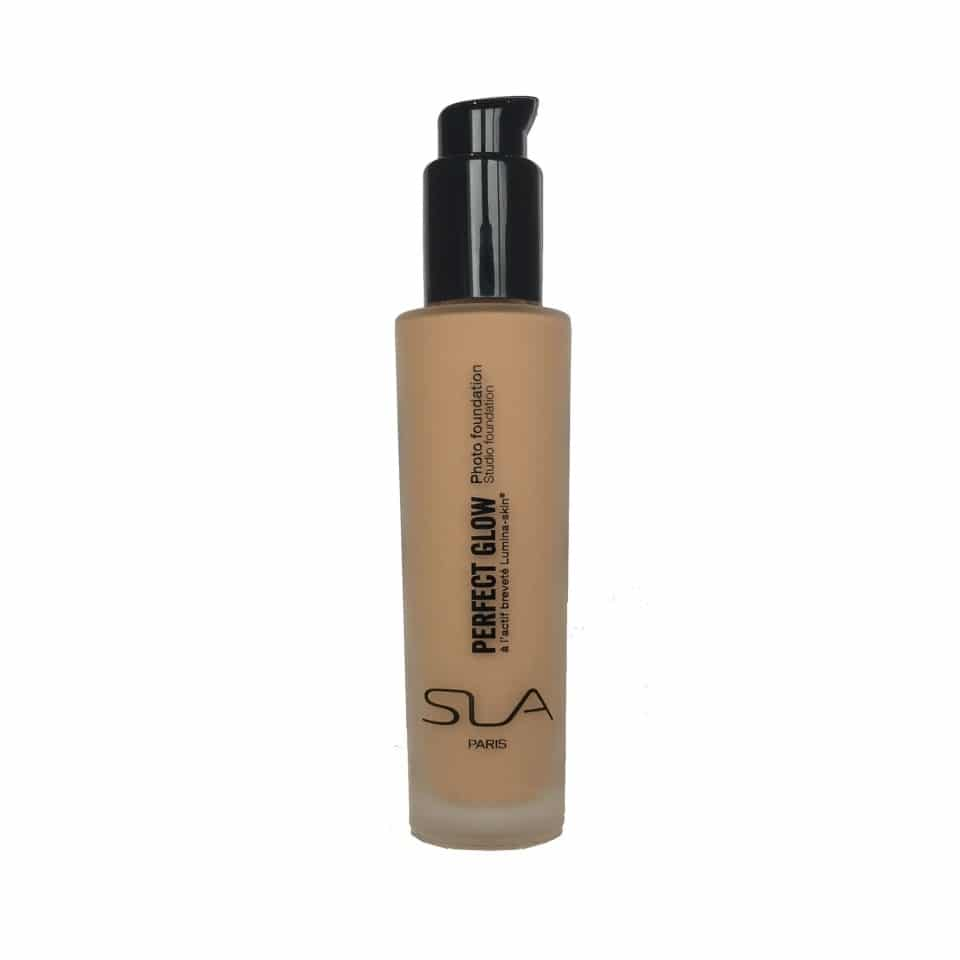 photo foundation perfect glow sla 2949f - UN TEINT ZERO DEFAUT AVEC PERFECT GLOW DE S.L.A