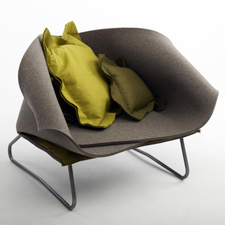 "Fauteuil ""Felt up"" de Charlotte Kingsnorth"