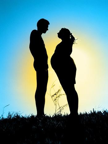 Comment bien vivre sa grossesse au soleil