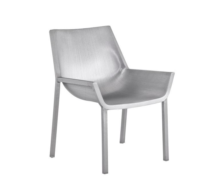 """Chaise """"Sezz"""" de Christophe Pillet chez Emeco"""