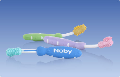 Les brosses à dents Nûby