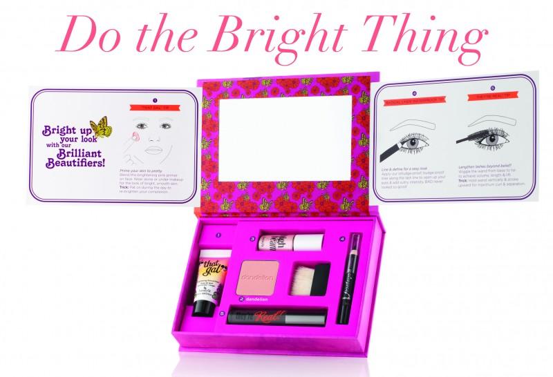 Le kit Do the bright thing de chez bénéfit en vente chez Séphora