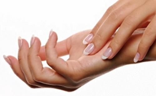 Comment prendre soin des mains sèches?