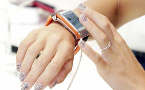 samsung galaxy gear1 500x310 - Smartwatch, la montre connectée Samsung Galaxy Gear