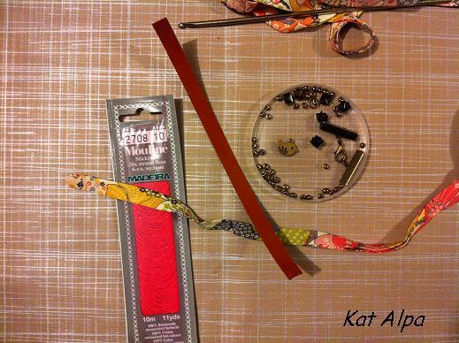 bracelet 1 - Bracelet manchette cloutée et liberty fait main