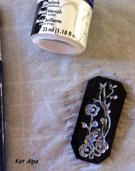 fimo 7 - Comment faire soi-même un pendentif japonisant ?