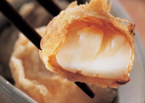 Beignets de coquilles Saint-Jacques au gingembre