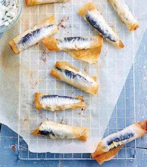 rouleaux bricks sardines 500x567 - Rouleaux bricks de sardines au fromage et à la menthe