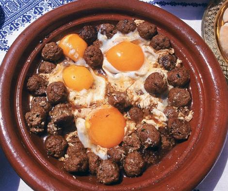 tajine kefta mouton oeufs - Tajie de kefta de mouton aux œufs