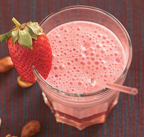 fraises kiwis lait amande - Fraises et kiwis au lait d'amande - Petit déjeuner vitaminé