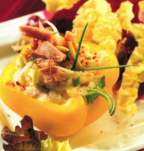 poivron pdt thon - Poivrons jaunes farcis à la purée de pomme de terre au thon