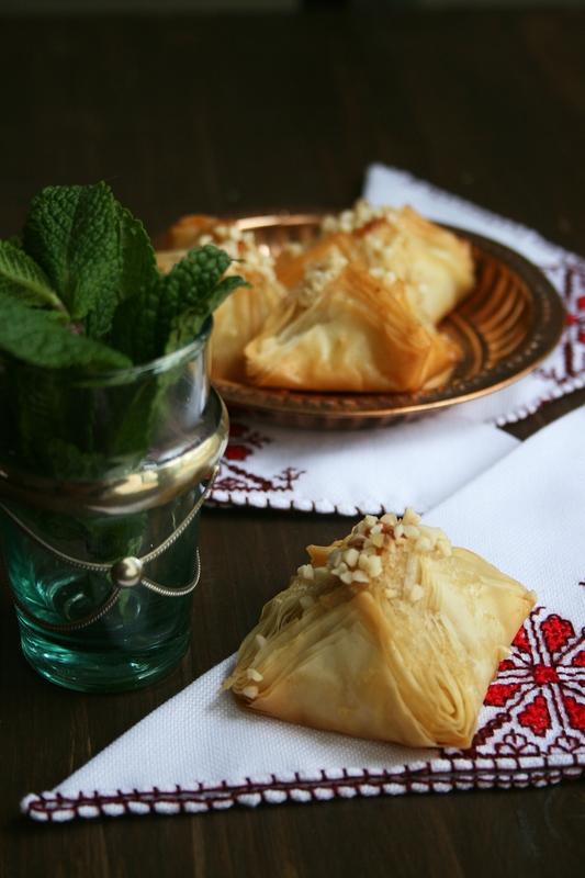 bklawa pyramides avec étapes - passion culinaire - minouchka