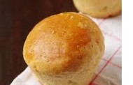 Petites brioches au fromage