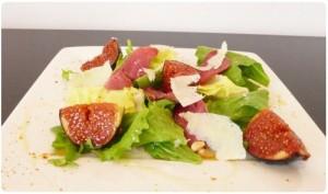 Salade de figues aux cerneaux