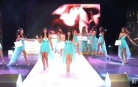 Chutes en série lors du défilé pour l'élection de Miss Réunion 2015