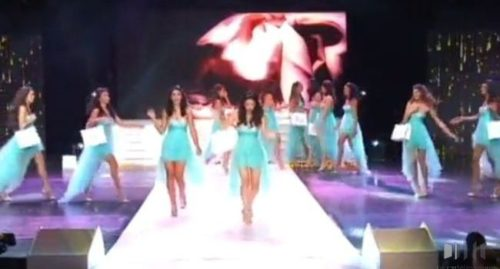 chutes miss reunion 2015 500x269 - Chutes en série lors du défilé pour l'élection de Miss Réunion 2015