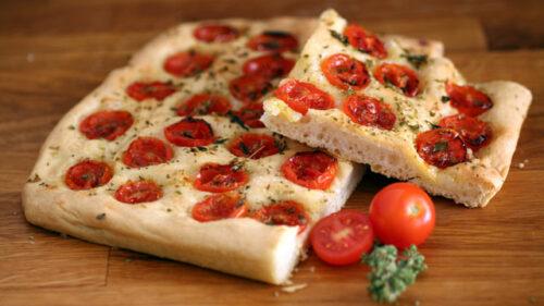 f 500x281 - Fouace aux tomates et origan