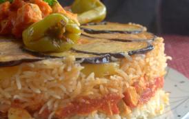 Recette Maklouba aux aubergines et poulet viande et riz