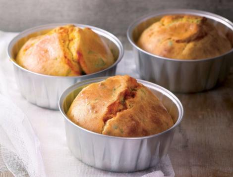 muffins basilic coeur tomate - Moelleux basilic au cœur de tomate - Muffins salés