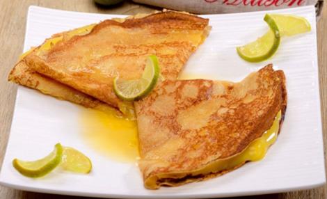 Crêpes à l'eau de rose et au miel au citron vert - Crêpes sucrées