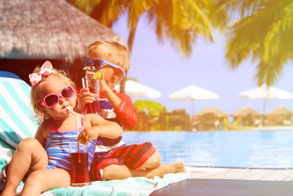 proposez une aire jeux vos enfants avec gazon synthetique - Proposez une aire de jeux à vos enfants avec du gazon synthétique