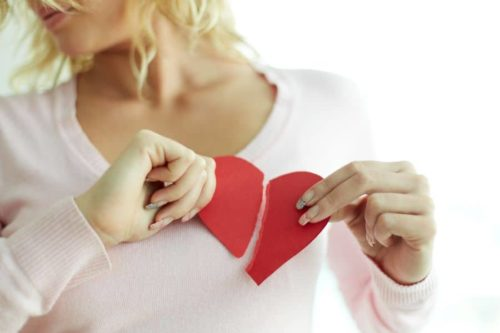 divorce tourner page 500x333 - Procédure de divorce : apprendre à tourner la page