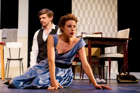 « La Peur » de Stefan Zweig au Théâtre Michel : une adaptation saisissante et réussie