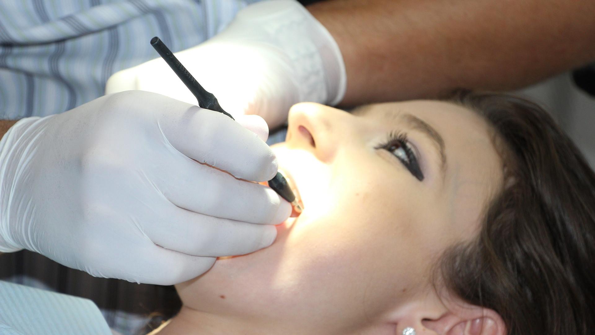 Ne laissez pas une douleur dentaire s'aggraver