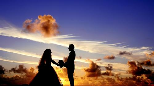 optez un faire part mariage tendance et personnalise mesure 500x281 - Optez pour un faire part de mariage tendance et personnalisé sur mesure
