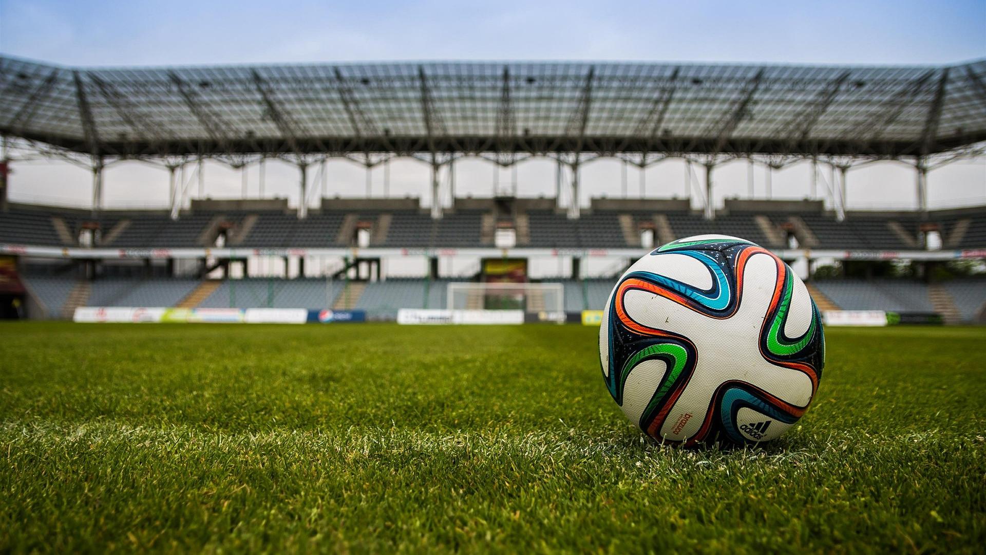 Les femmes, le football et la mode