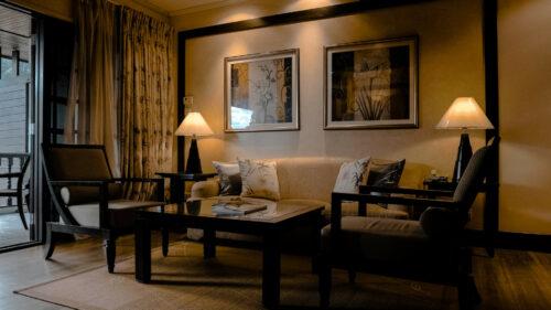f92b88db59649441e116c4fc5dd7a91f 500x281 - Comment apporter une ambiance chaleureuse dans une pièce