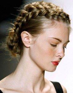 comment faire coiffure couronne tressee