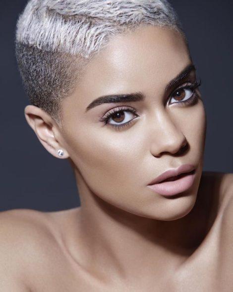 coupe rasee femme cheveux crepus e1545228537432 - Coiffez-vous avec une coupe courte femme - Coiffure Femme Tendance 2020