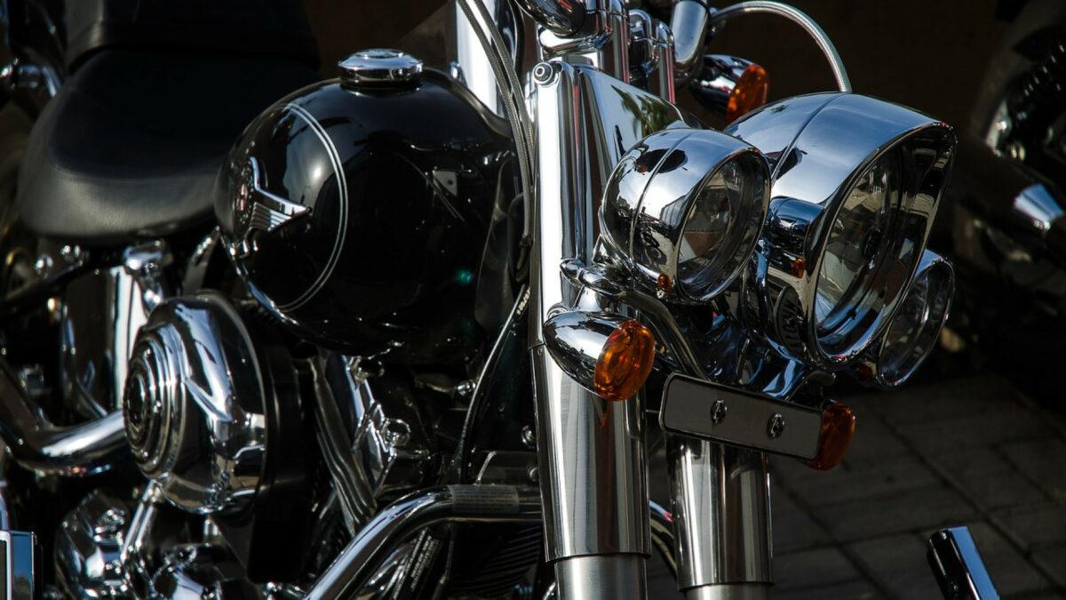 37ac2ed156bae61022bfcd41e7cf5378 1200x675 - Le taxi-moto, un moyen de transport tendance et pratique