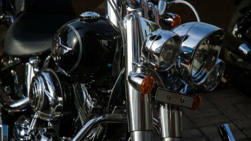 37ac2ed156bae61022bfcd41e7cf5378 500x281 - Le taxi-moto, un moyen de transport tendance et pratique