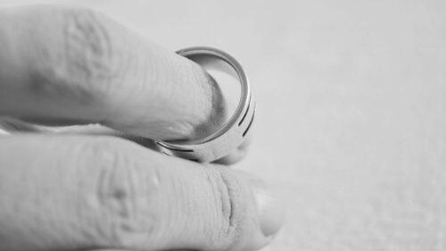 d37f94d0c99497e29293a0828d095df8 500x281 - Comment divorcer efficacement ?