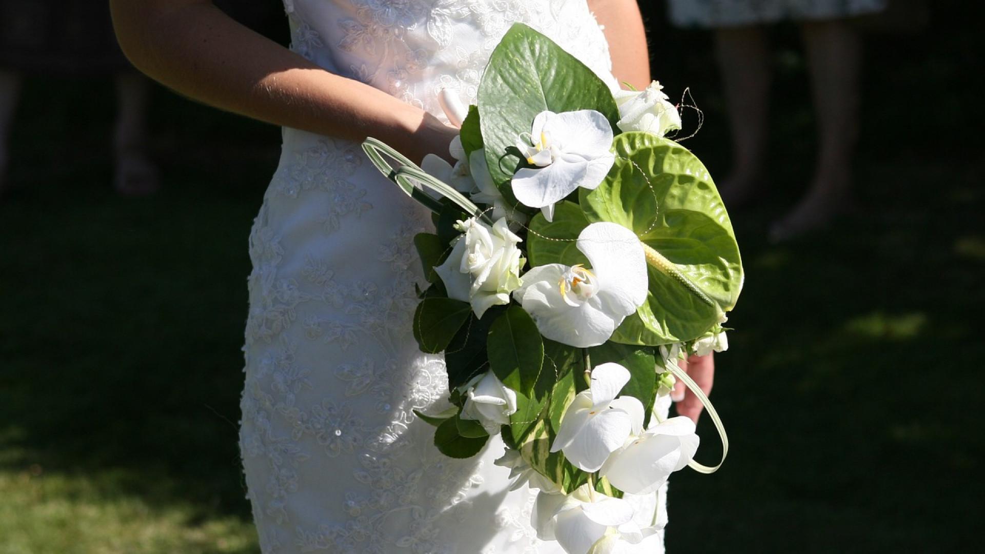 60ad2545ad4ded0181650fc73739dcdd - Votre amour est éternel alors votre photo de mariage doit l'être aussi