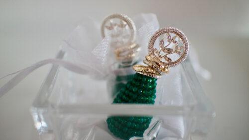 13780ae463e4c22f6412a1c632778dbf 500x281 - Quel bijou choisir pour les fêtes de fin d'année ?