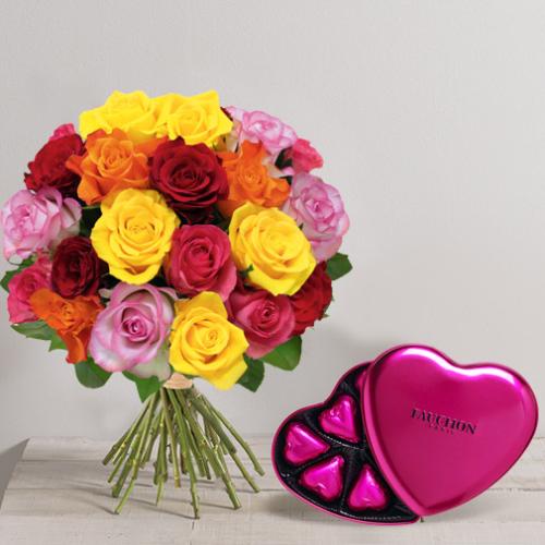 bouquet de roses avec boite chocolat en coeur