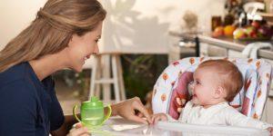 chaise haute chicco 300x150 - Chaise haute Chicco Polly : Un must pour les repas de votre bébé