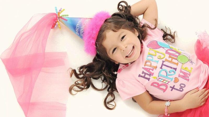 8ccf6db0512bc20fc792703a9727c66e 800x450 - La décoration est indispensable pour un anniversaire réussi