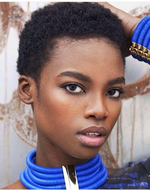 coupe courte femme afro etre belle 15 - Modèles de coiffure coupe courte femme afro