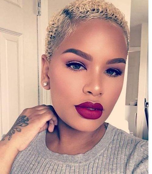coupe courte femme afro etre belle 16 - Modèles de coiffure coupe courte femme afro