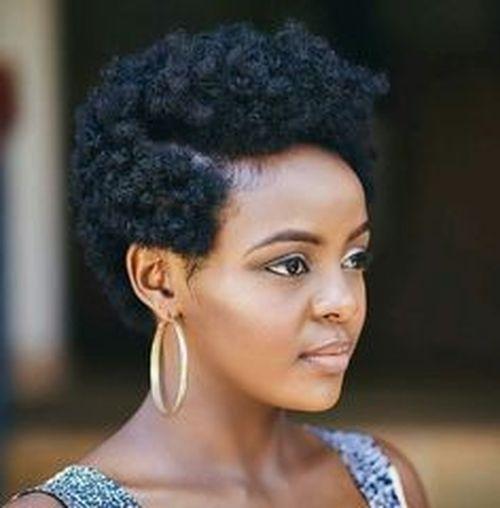 coupe courte femme afro etre belle 32 - Modèles de coiffure coupe courte femme afro