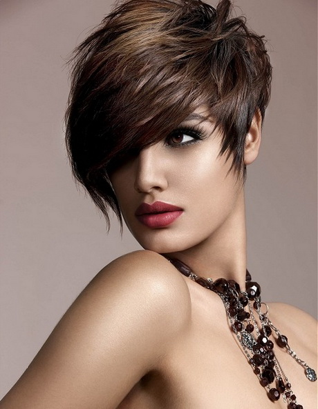 coupe courte femme etre belle 12 - Modèles de coiffure coupes courtes femme