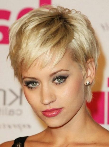 modèles de coiffure coupes courtes femme