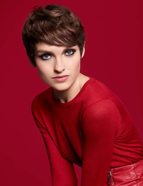 la coupe courte tendance - Coiffez-vous avec une coupe courte femme - Coiffure Femme en 2020 2021