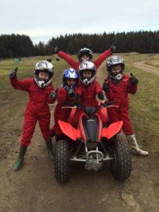 Row 11 225x300 - Les mini-motos (ou quads) pour enfants : conseils et sécurité