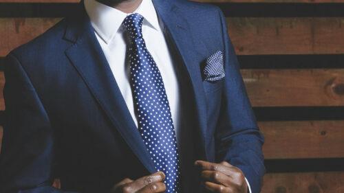 a2f9350eaeeaa51f2ea0bf6e2b3ae59e 500x281 - Choisissez un costume pour votre homme