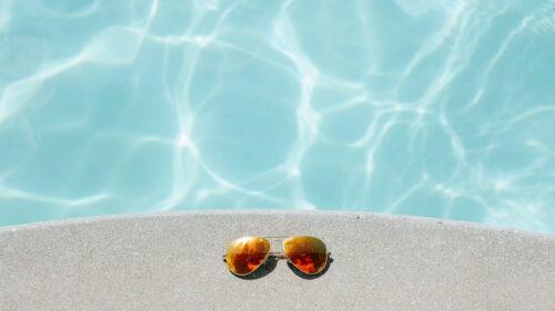 58ffe869833f7b94d5b1785ce1f29515 500x281 - Comment bien entretenir sa piscine ?